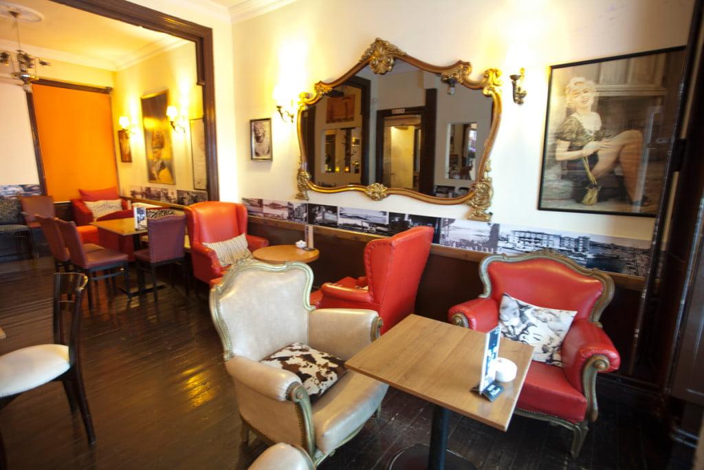 Taksim Beyolu Fal Cafe Ubemiz Symbol Fal Cafe
